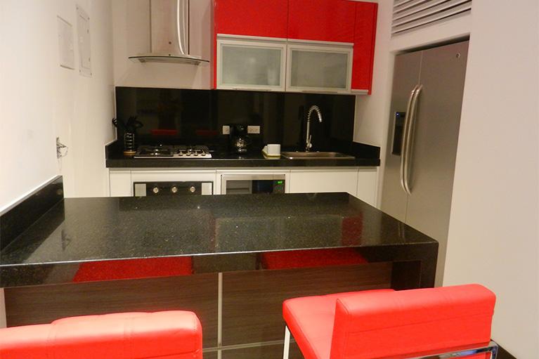 Vertika apartamento 204 apartaestudios amoblados cali for Cocinas de apartamentos modernos